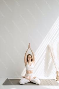 DS_YogaColl_WM_09