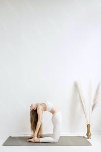 DS_YogaColl_WM_19