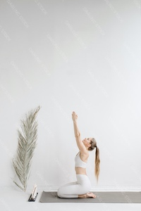 DS_YogaColl_WM_37