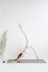 DS_YogaColl_WM_40