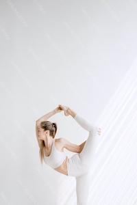 DS_YogaColl_WM_47