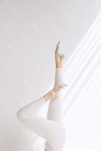 DS_YogaColl_WM_60